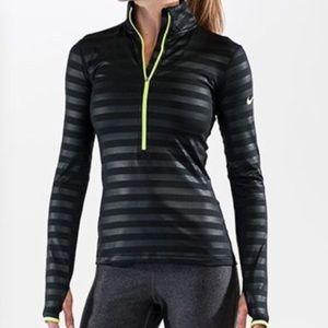 Nike drifit 1/2 zip black with black strips medium